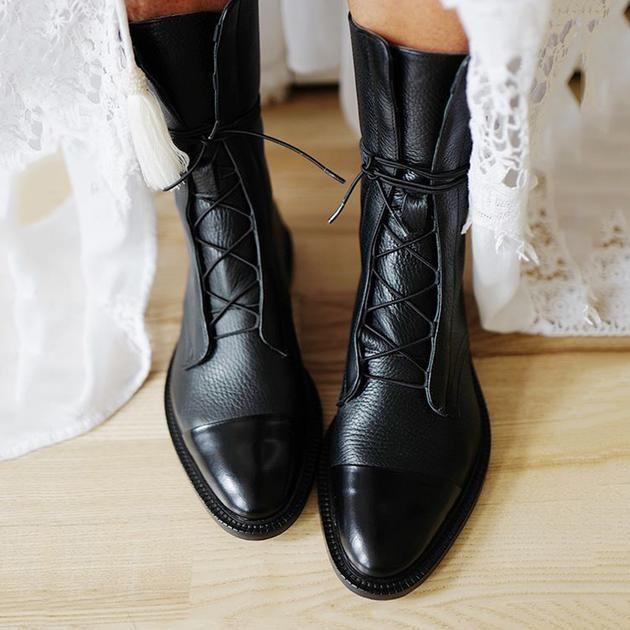 Boots, Shoe boots, Flat heel boots