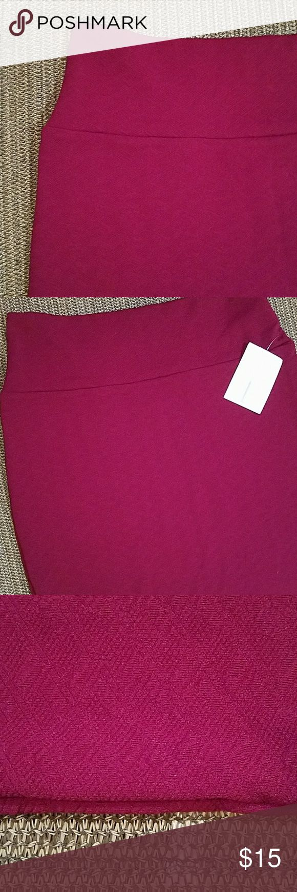 Wine Colored LLR Cassie Skirt Size L Beautiful deep wine color  Subtle textured material Nwt LuLaRoe Skirts Pencil