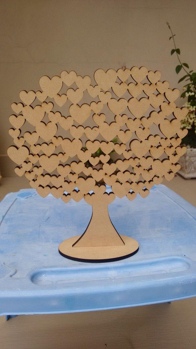 Árvore Para Assinatura <br>Árvore usada para presença em maternidade, ou visitas do bebê. Também pode ser usada em casamentos ou noivados, aniversário de casamento. <br>Em MDF cru com corte a laser.