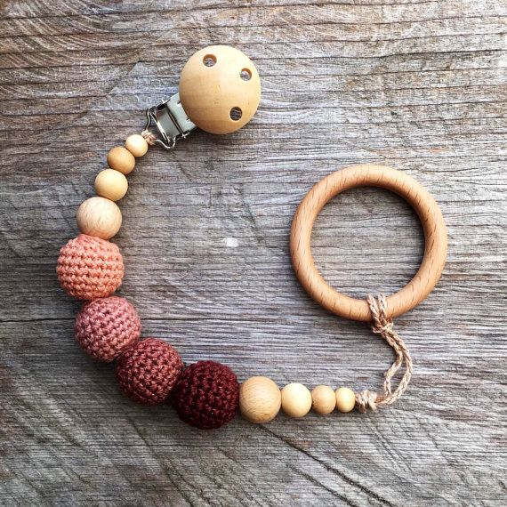 Wooden Pacifier Clip Crochet holder Eco Friendly Baby Teething Pacifier Clip New Mom Baby Shower Gift Dummy Chain Holder bubuline