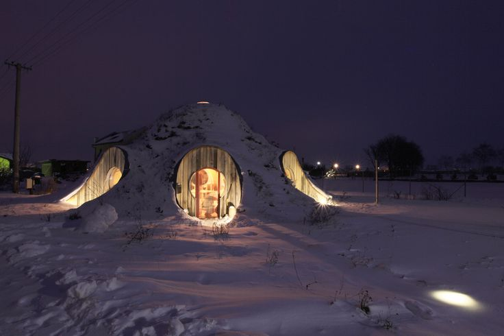the world first loadbearing straw bale dome in slovakia winter.
