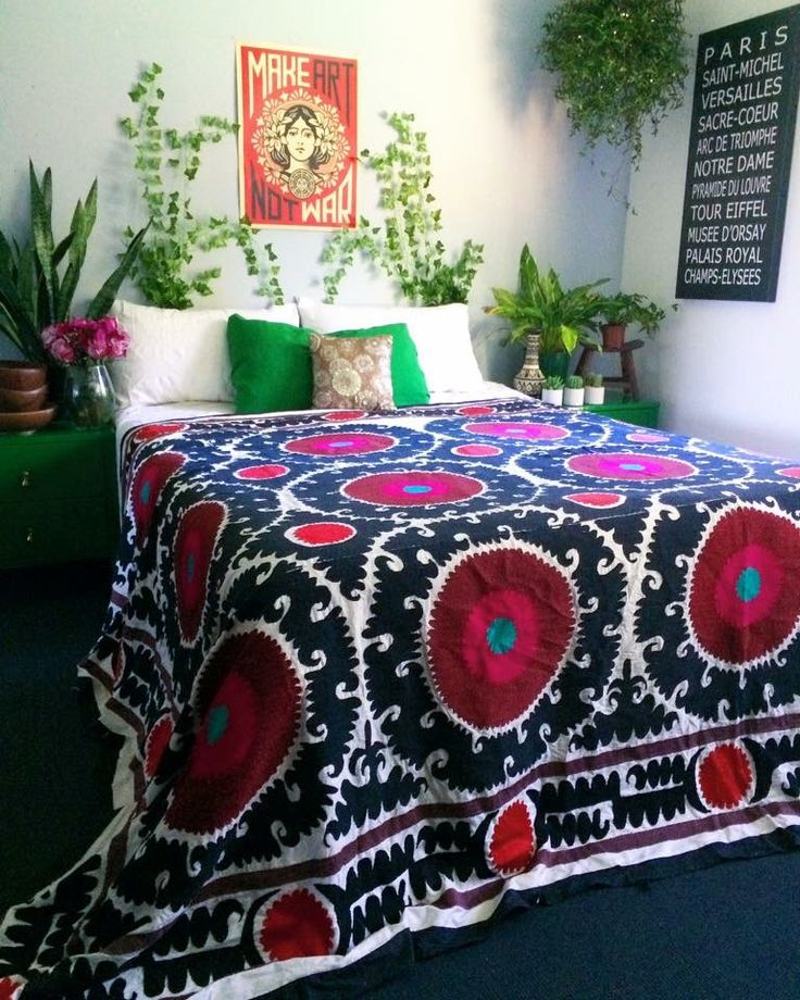 54 best suzani bedding images on pinterest bohemian 14250 | 69791e90267c5752fd14250ae4e9aeb4
