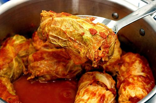 Stuffed Cabbage. Been meaning to make this again. One of my favorite recipes from my absolute favorite food blog. ♥ Smitten Kitchen.