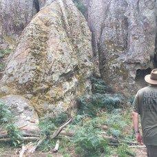 Hanging Rock - Walking up track