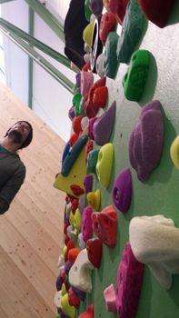 Zenit-Klettern: Bouldern in der Zenit Boulderhalle Osnabrück