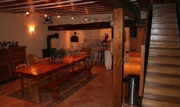 Location vacances Besain. Annonces de location saisonnière de vacances à Besain en Jura de particuliers.