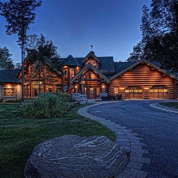 17 best images about log mansions on pinterest canada for Canadian log cabins