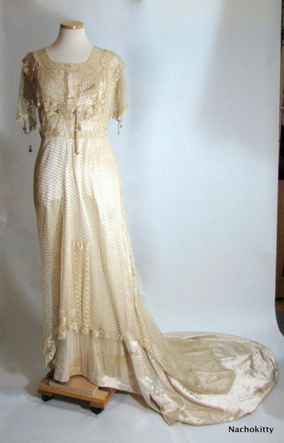 1000  images about vintage Wedding dress on Pinterest  Antique ...
