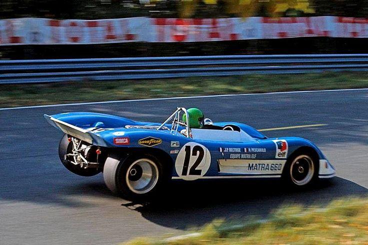 MATRA - SIMCA MS660 #002 Courte 4ème 1000 kms de Paris 1970 N°12 Jean-Pierre Beltoise - Henri Pescarolo (au volant).