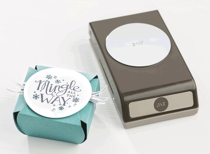 We love the fun, festive feeling of the hand drawn sentiments in the Mingle All The Way stamp set.: Christmas Cards, Cards Parties, Cards Ideas, Christmas Holidays, Circle Punch, 2014 Stampin, Circles Punch, Crafts Parties, 2014 Holidays