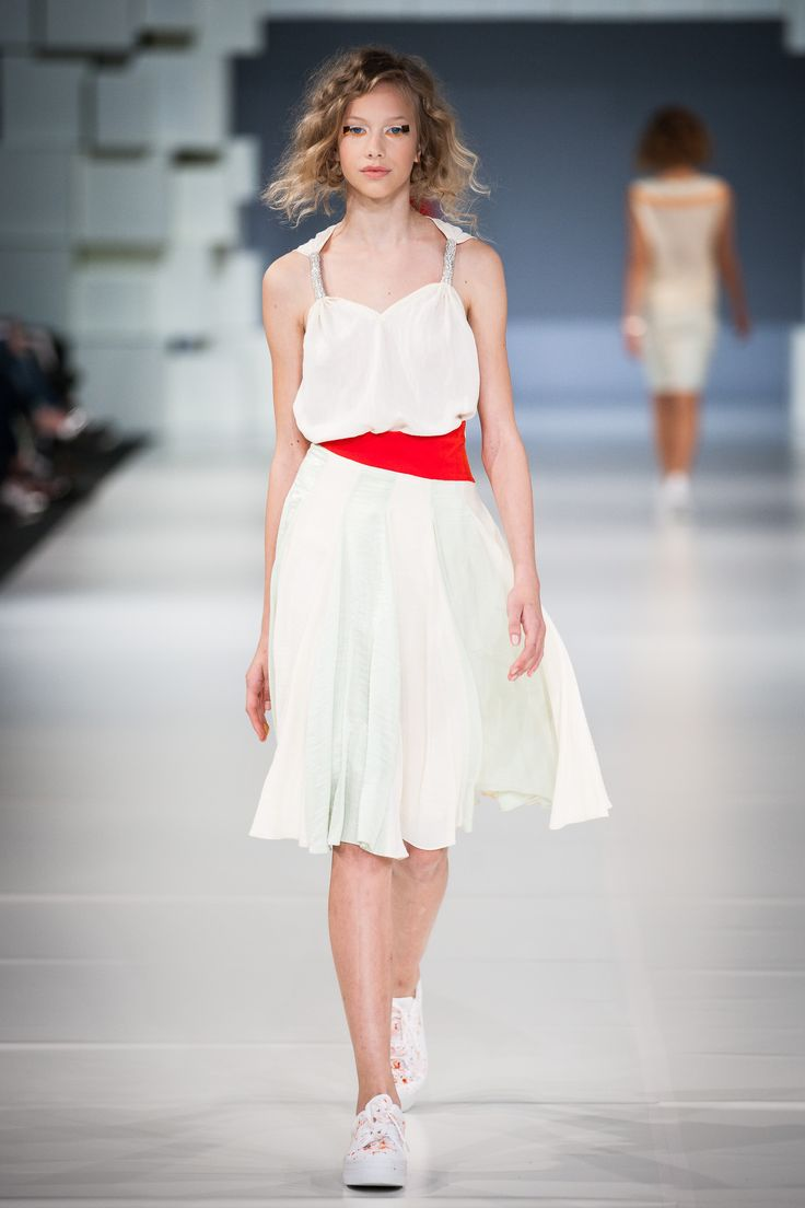 Spring Summer 2015 Fashion Show - TGFWB - Photo: Endre Holecz - jesuisbelle