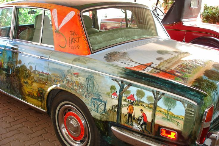 """ilovebrokenhill.com #BrokenHill 's Kevin Charles """"Pro"""" Hart's painted Rolls Royce, showing a dragon fly, one of his favourite subjects for his artworks, and a picture of a dragon fly was the last artwork he painted before he died in 2006 aged 87."""