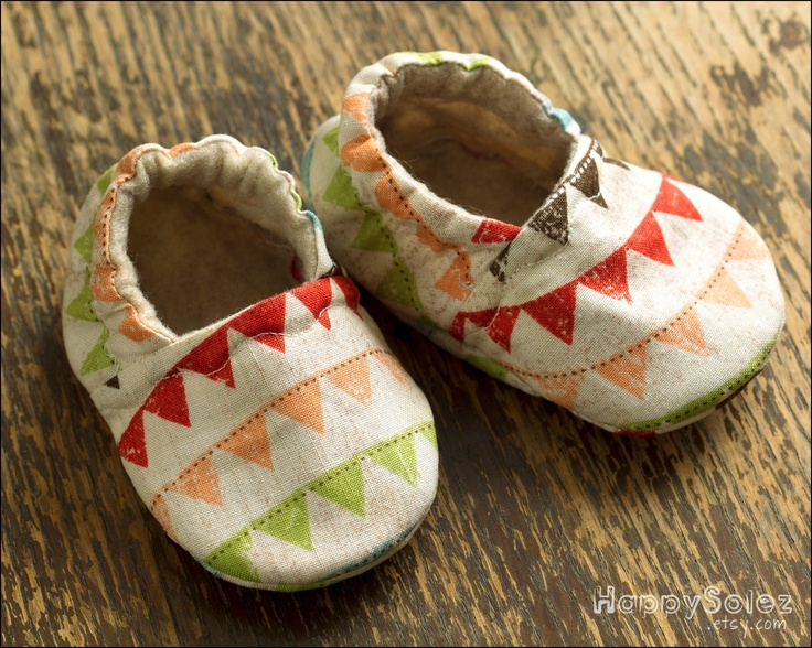 Bunting Baby Booties by Happy Solez » When I have a baby I am going to get these, so cute!