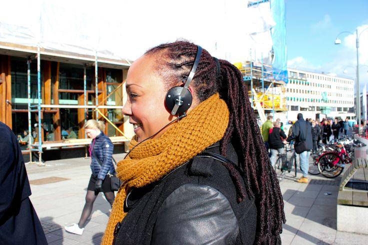 #Anothamista #fashion #Gotheburg #Gothenburg Streetstyle #lifestyle #street style, #Streetstyle #womenswear #earphones