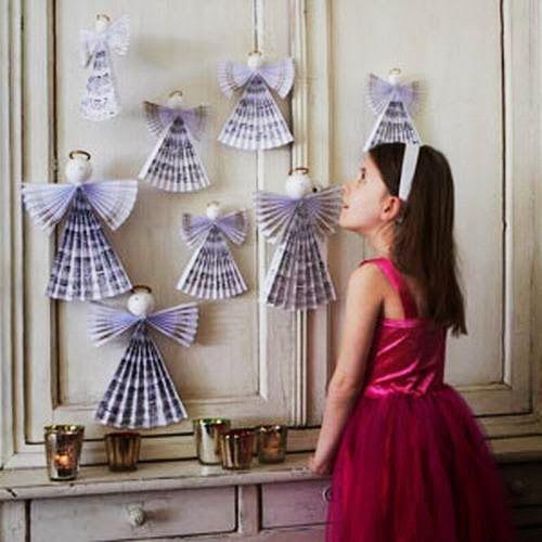 Anjos de papel na decoração natalina