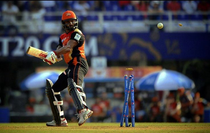 #bowled #dhawan #ipl8