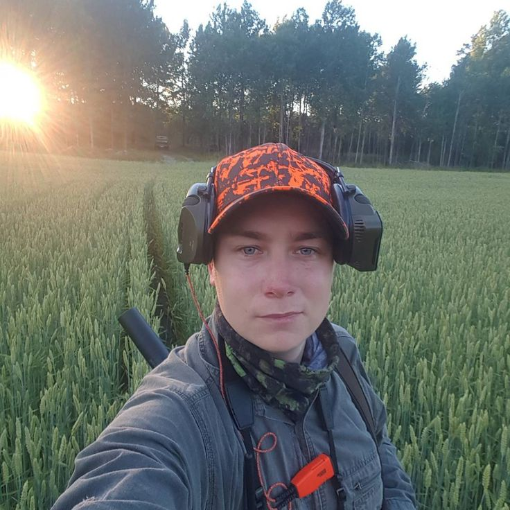 Ikväll är det dags för ännu en insats i spannmålen. Med trevligt sällskap, bra väder och vassa eftersöksekipage redo så känns det som den här kvällen kommer att bli kanon! #jaktkunskap #teamvildmarken #vildmarken #p4h #chevaliersweden #skyddsjakt #skyddsjaktsdieten #vildsvinsjakt #jakt #hunting #hunt #jagd #jaktärlivet #swe_hunters #nordichunter #vete #jaktidiot #skyddsjakt2017 http://misstagram.com/ipost/1563757035299179275/?code=BWzlL0MBosL