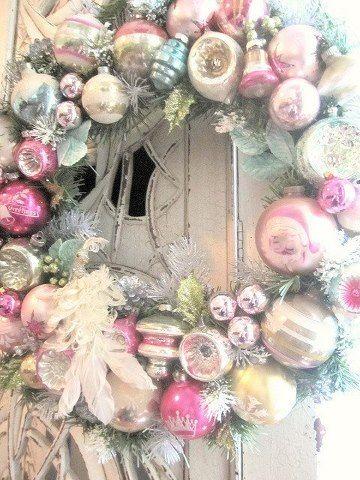 Shabby, vintage wreath