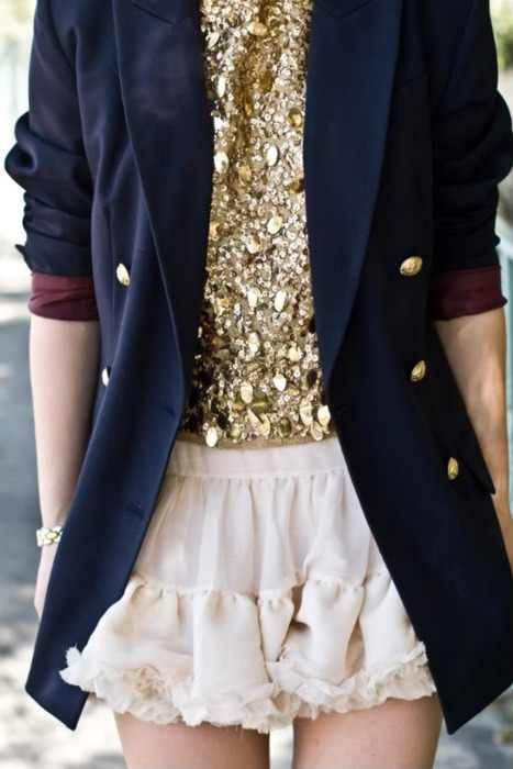 .Light Pink Blazers, Fashion, Navy Blazers, Skirts, Style, Outfit, Gold Sequins, Sequins Tops, Glitter