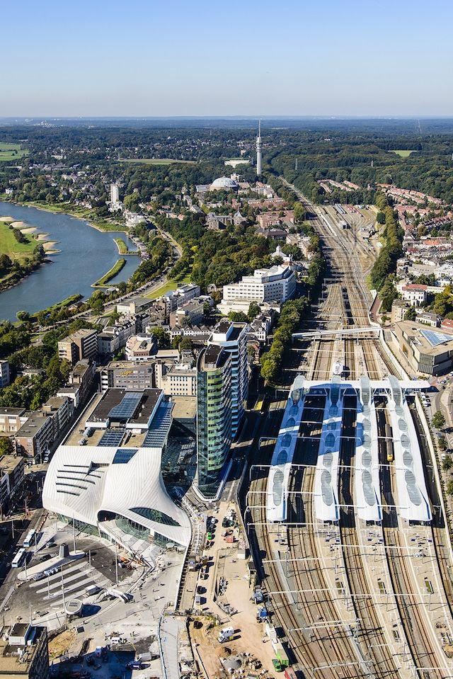 We spraken de architect van het nieuwe Arnhem CS dat vandaag na 19 jaar geopend wordt   The Creators Project
