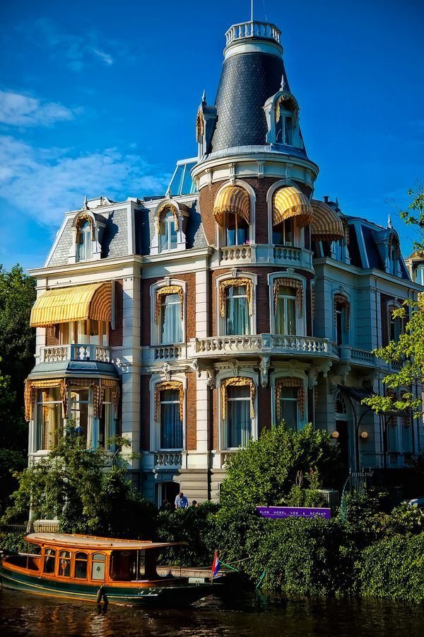 Fabulous house in Amsterdam. By Dawid Martynowski.