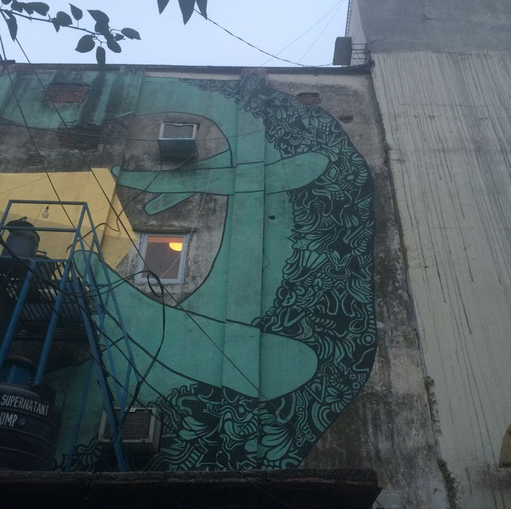Another shot of the green mural.