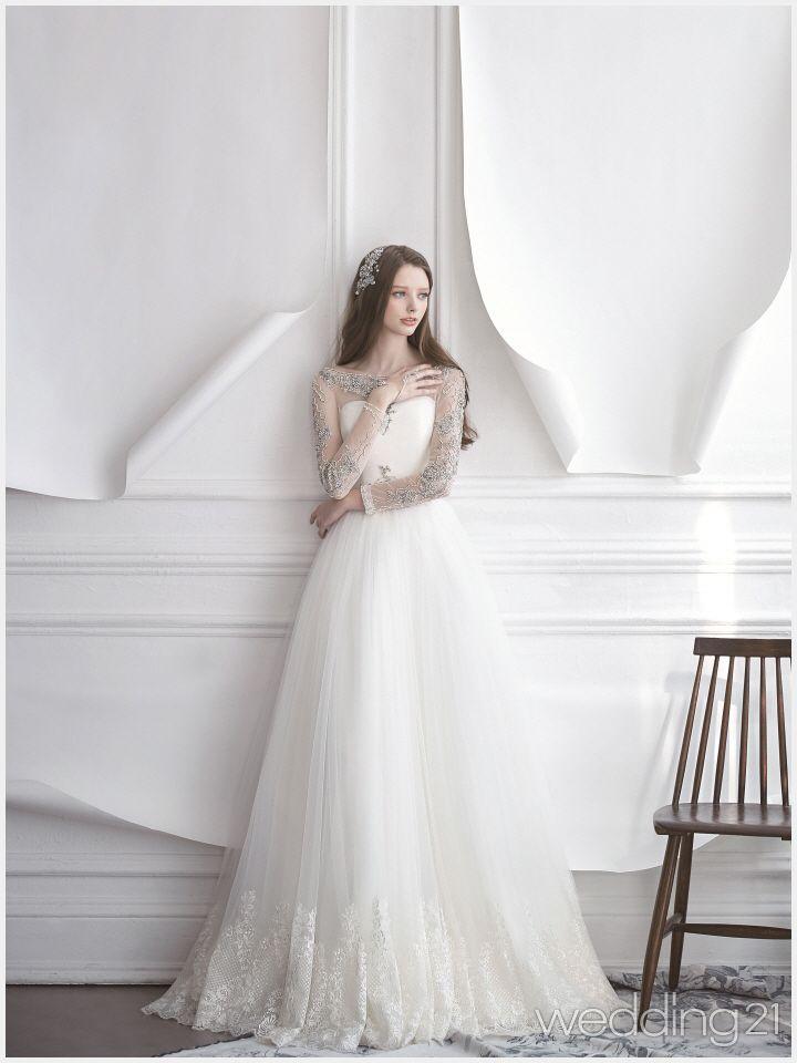 눈부신 봄햇살 , 다이아몬드처럼 빛나는 웨딩드레스, 브라이덜수지 1