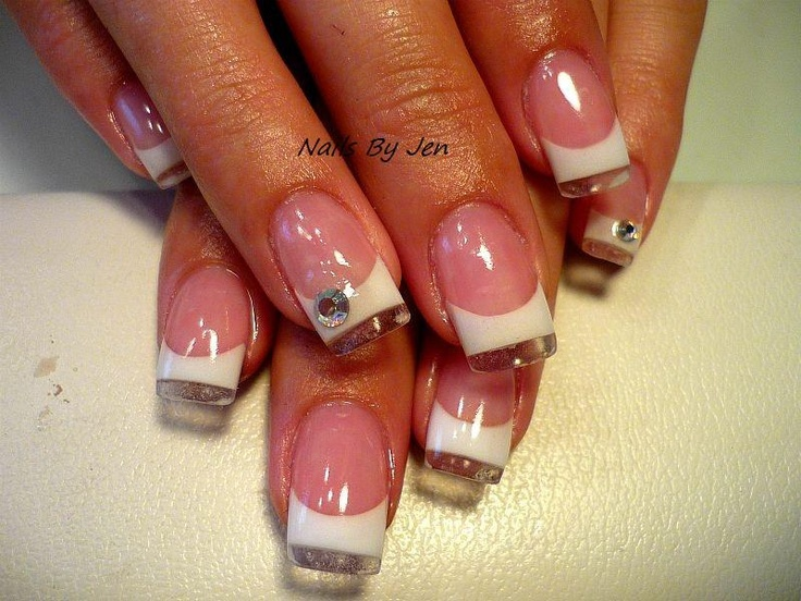 i love the clear at the tips.. i wanna figure out how to do this..