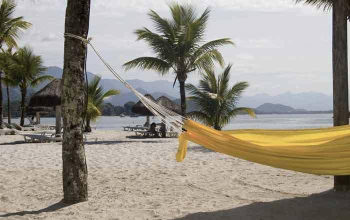 25 Pousadas Baratas em Ilha Grande – Angra dos Reis  Ilha Grande é um dos lugares mais procurados no Rio de Janeiro. Pela alta procura, muitos pensam que se hospedar por lá é muito caro.