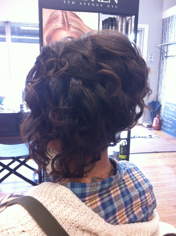 Tangles Hair Spa Kingsville Ontaro