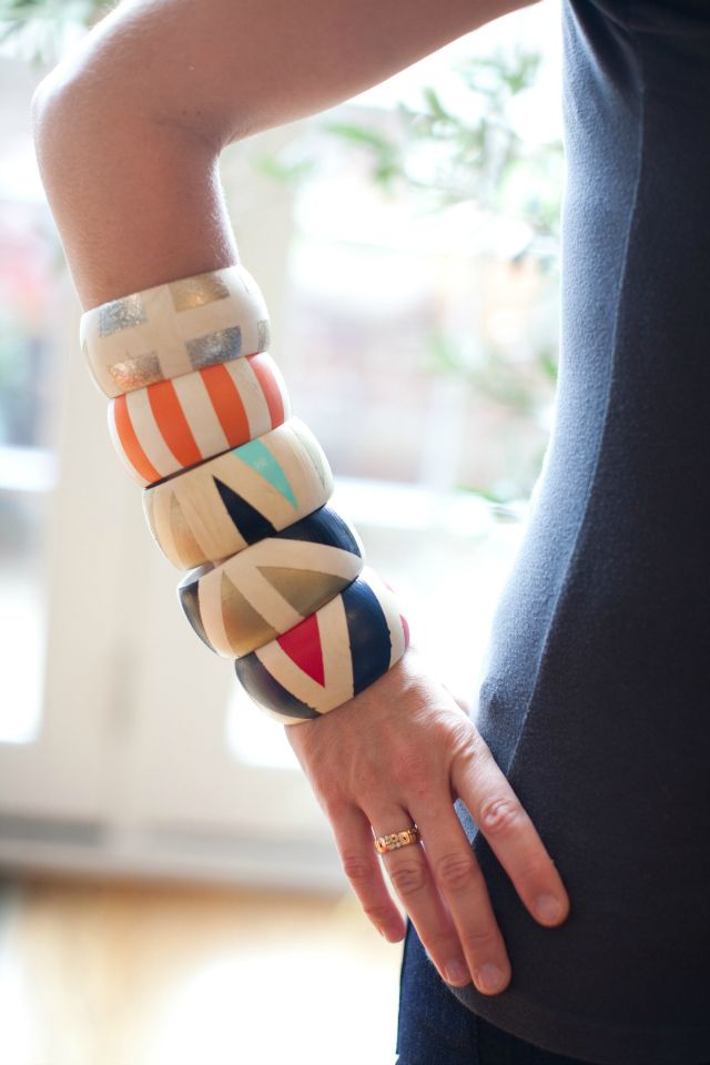 Wood bangles - Invite your girlfriends over to make these summery accessories with craft paint & masking tape!