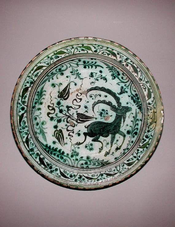 Maker(s):    Unknown; potter; possibly  Unknown; potter    Collection:    Henry Scipio Reitlinger    Category:    glazed earthenware    Name(s):    dish  Islamic pottery; category  underglaze painted ware; category    Date:    circa 1600 — circa 1799  or possibly 19th century    Period:    17th or 18th Century