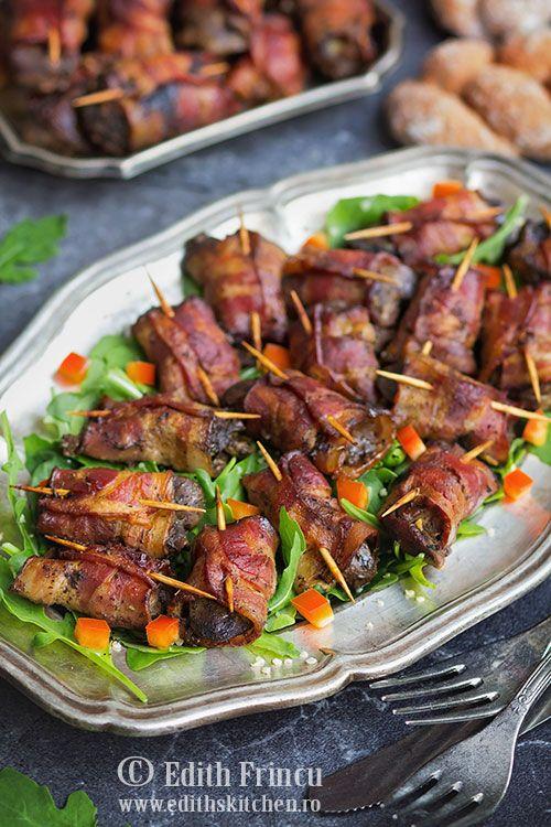 Ficatei in bacon - ficatei de pui inveliti in bacon uns cu mustar si copt la cuptor in sos de vin si condimente. Delcios, savuros si de efect