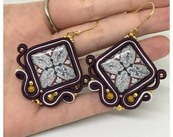 Handmade soutache earrings - Azulejos motif in blue, burgundy and white colour