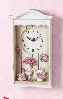 Relógio antigo reciclado e decorado, ideal para decorar aquele cantinho da casa.
