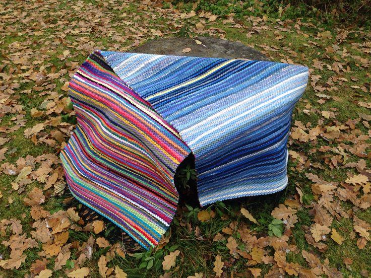 Kaksipuoleinen räsymatto. Made by Roosa Rönn