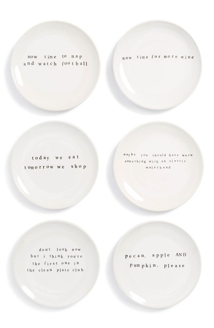 Pecan, apple & pumpkin, please! How cute are these pie plates for Thanksgiving?