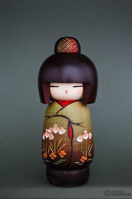 Kokeshi doll - Izumino by  Fi20100, via Flickr
