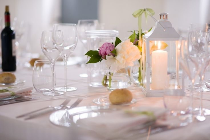 http://www.matrimonio.com/articoli/8-idee-per-centrotavola-economici--c5660?utm_source=bodas_newsletter
