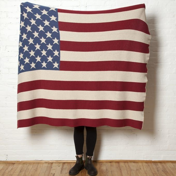 Eco Vintage American Flag Throw