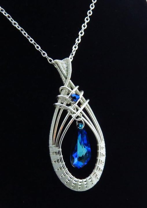 Elegant Swarovski crystal pendant necklace with chain. The pendant is wrapped with tarnish resistant silver plated copper core wire. by Arte Laboratae - Katalin KB Walcott