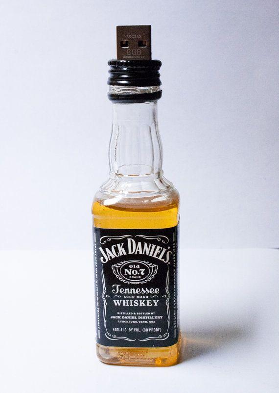 Tennessee Whiskey USB Flash Drive 8GB-32GB by BoozyChristmas