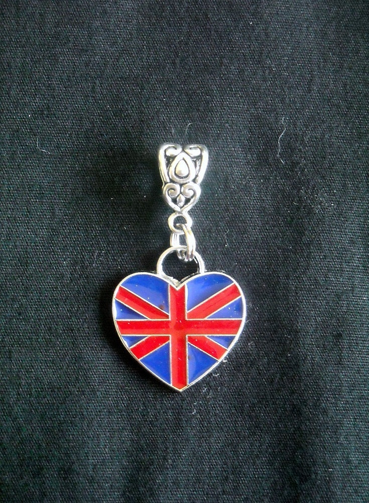 UK Union Jack  Flag Heart-Shaped Charm Pendant  Fits PANDORA Build your 2012 London OLYMPIC Bracelet Now