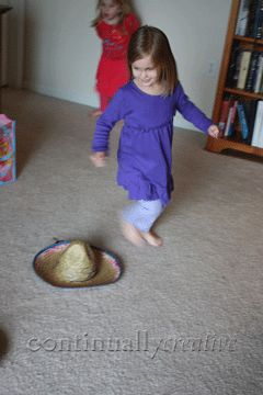 Mexico:  Mexican hat dance for preschool