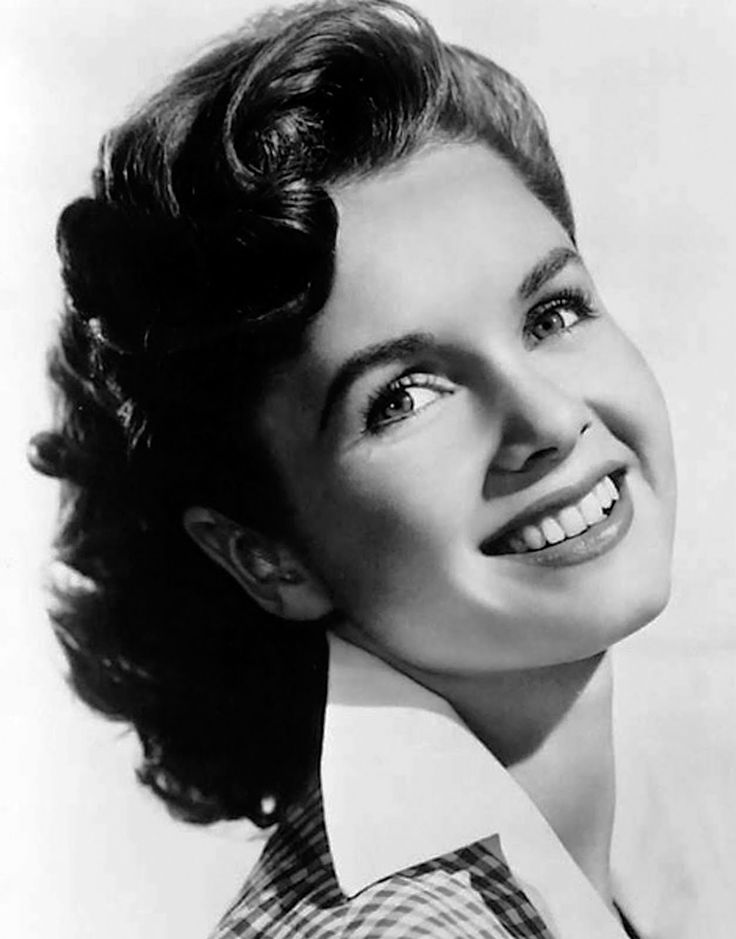 Debbie Reynolds has been my favorite actress ever since i can remember... Singin' In The Rain, Tammy & The Bachelor... I love how she's always sweet and kind to everyone and never really tried to be the hottest prettiest girl, just the sweetest! :)