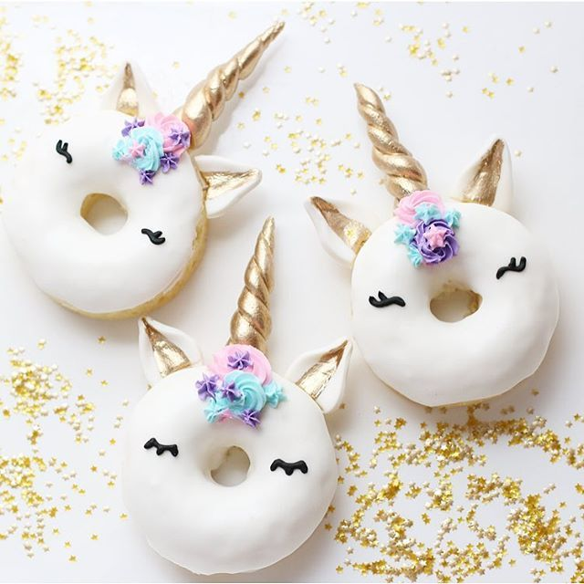 It's been a while, unicorn donuts   It's always fun making these! Thank you @brides for the feature and thank you for all the reposts of my older ones! I'm honored by all the unicorn donut love  these cute edible stars are from @fancysprinkles ✨    #Regram via @christinascupcakes