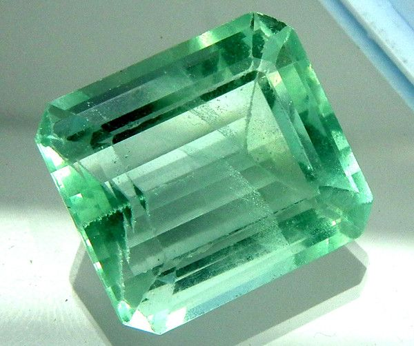 FLOURITE GREEN UNTREATED 37 CTS AS-AB168  FLUORITE GEMSTONE FROM GEMROCKAUCTIONS.COM