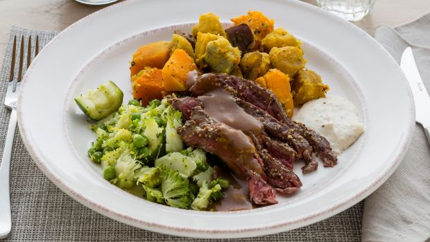 Recipe: Roast beef with thyme roasted vegetables & gravy | Stuff.co.nz
