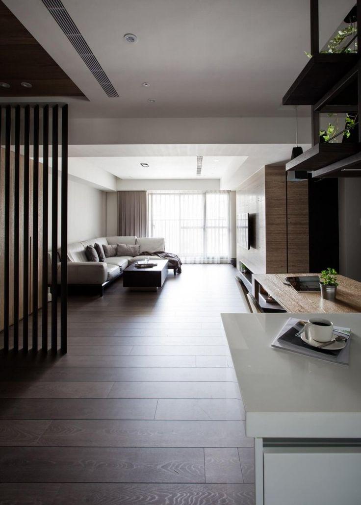 parquet foncé, salon moderne, cuisine ouverte et faux plafond ...