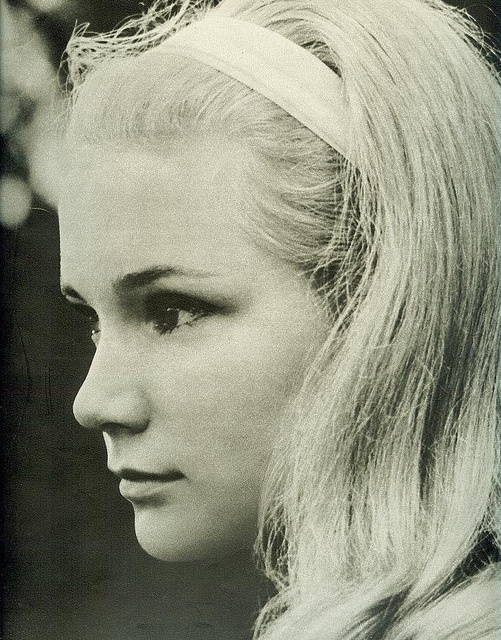 Yvette Mimieux    From Seventeen, August 1962. - Born: 8-Jan-1942  Birthplace: Hollywood, CA;  Where the Boys Are (28-Dec-1960)